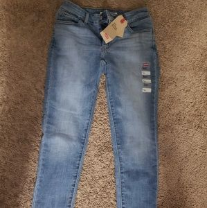 NWT Levis 710 Super Skinny Ankle Jeans